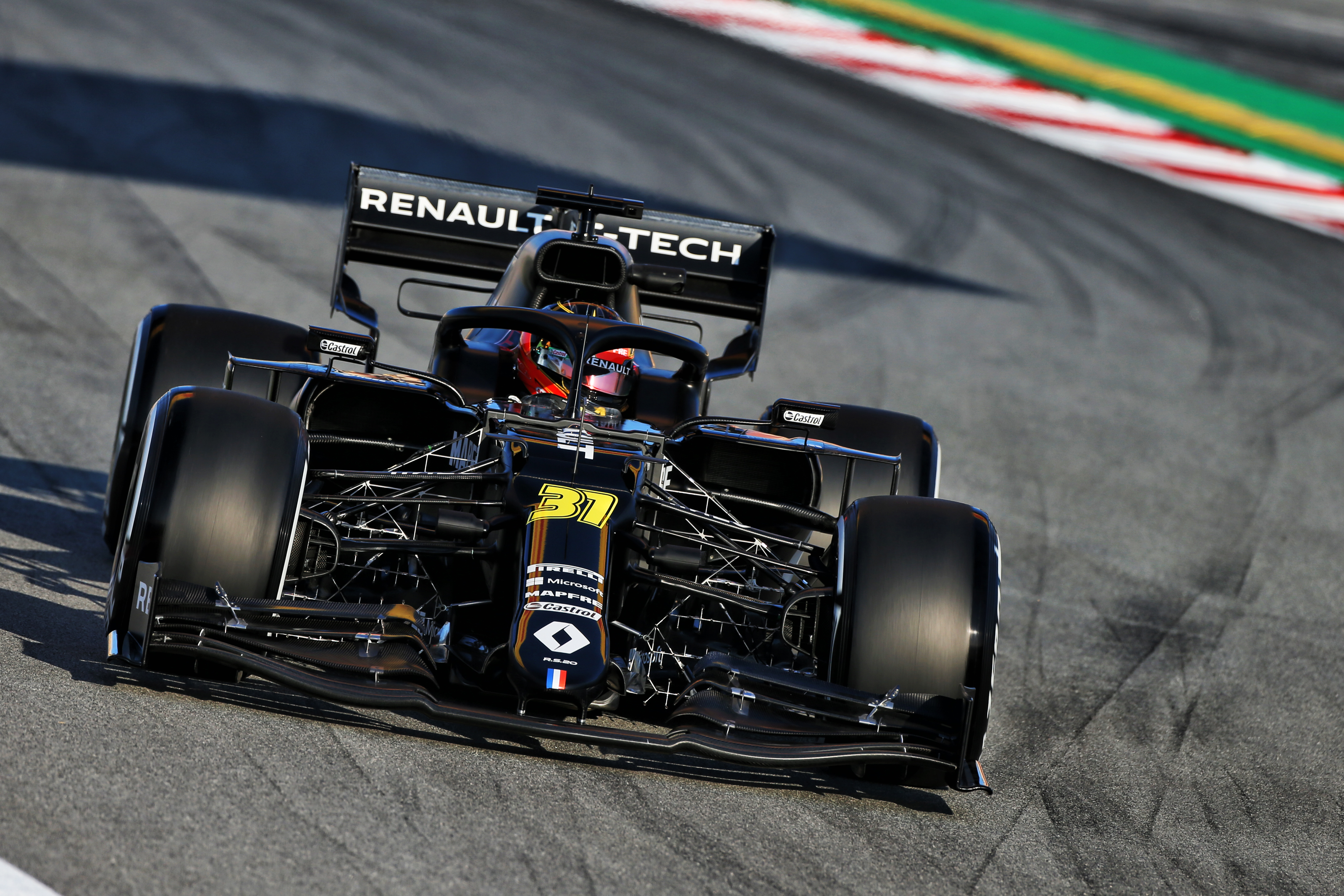 Gary Anderson Explains Renault S Ultra Narrow Nose Gamble The Race