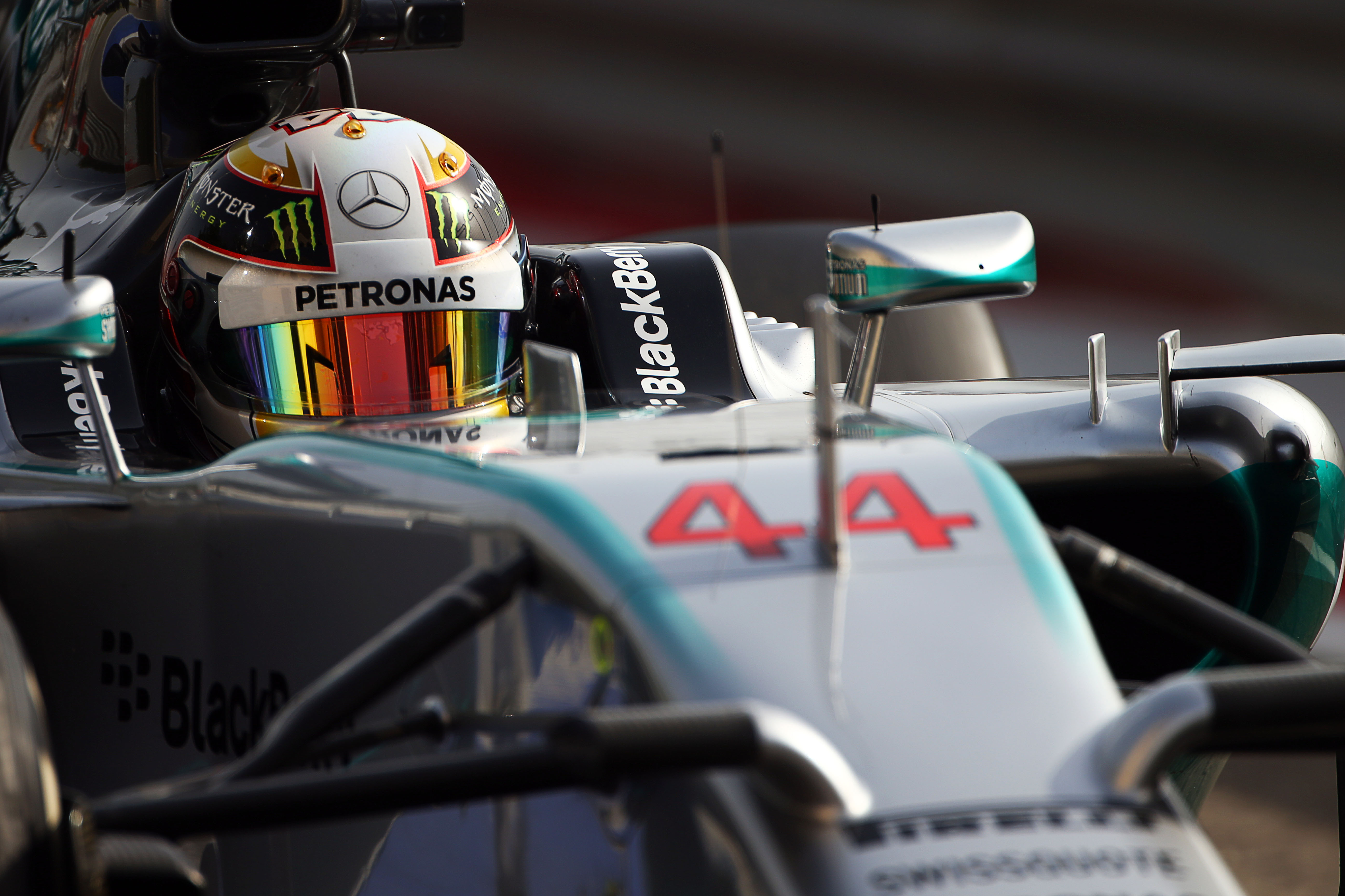 Lewis Hamilton Mercedes F1 Bahrain 2014