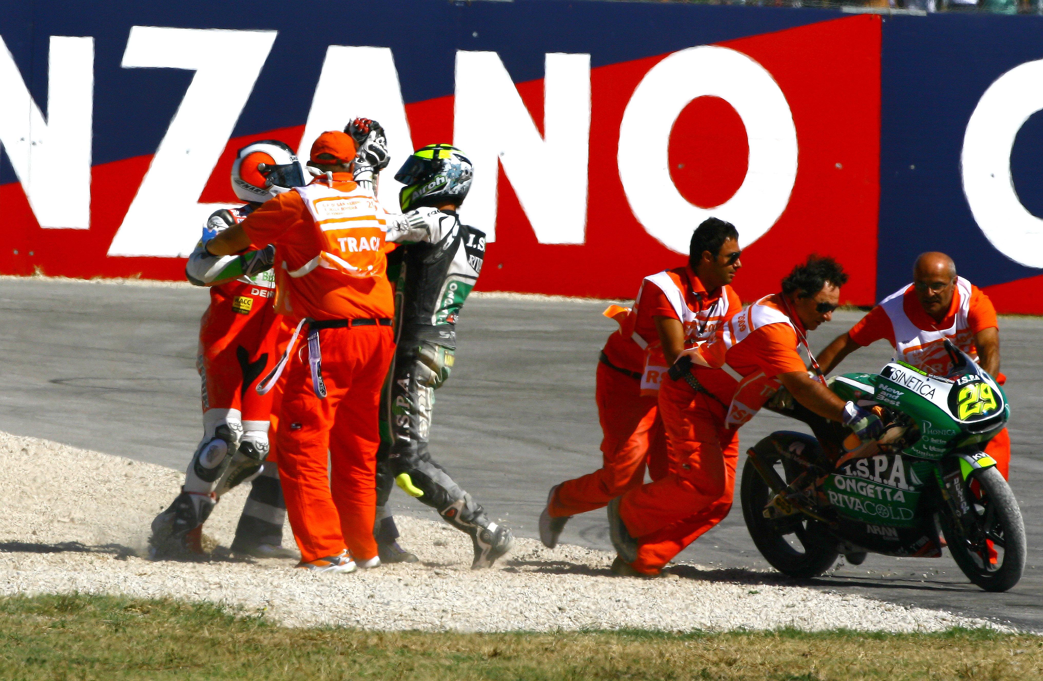 Andrea Iannone Pol Espargaro crash Misano 125cc 2009