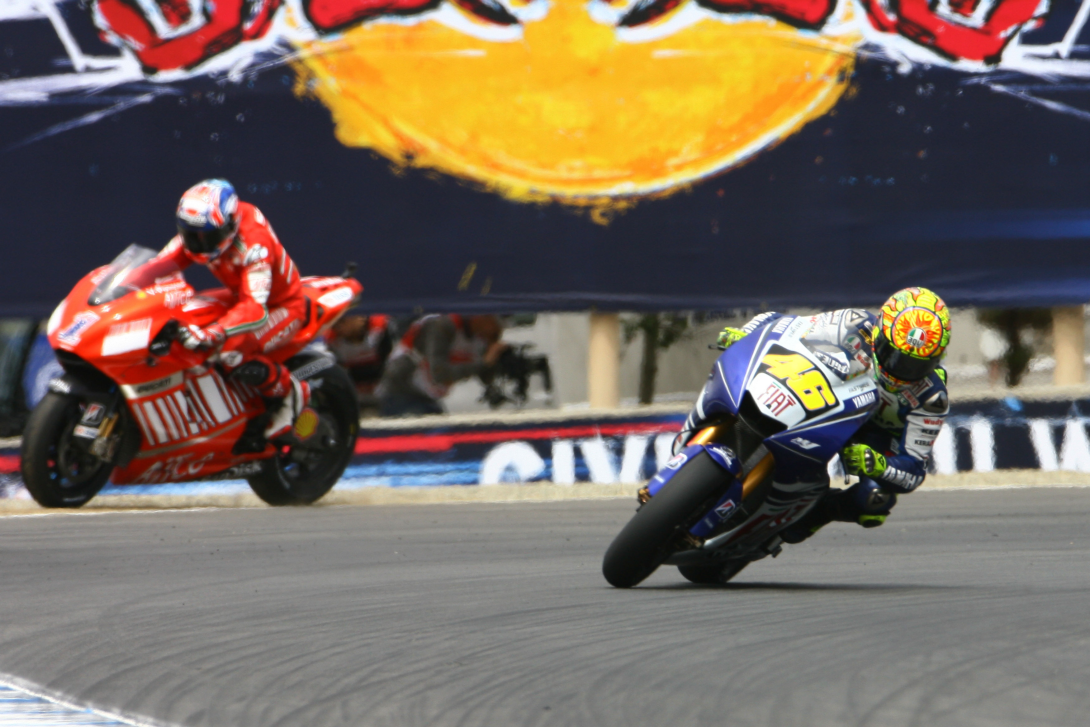 Valentino Rossi Yamaha Casey Stoner Ducati Laguna Seca MotoGP 2008