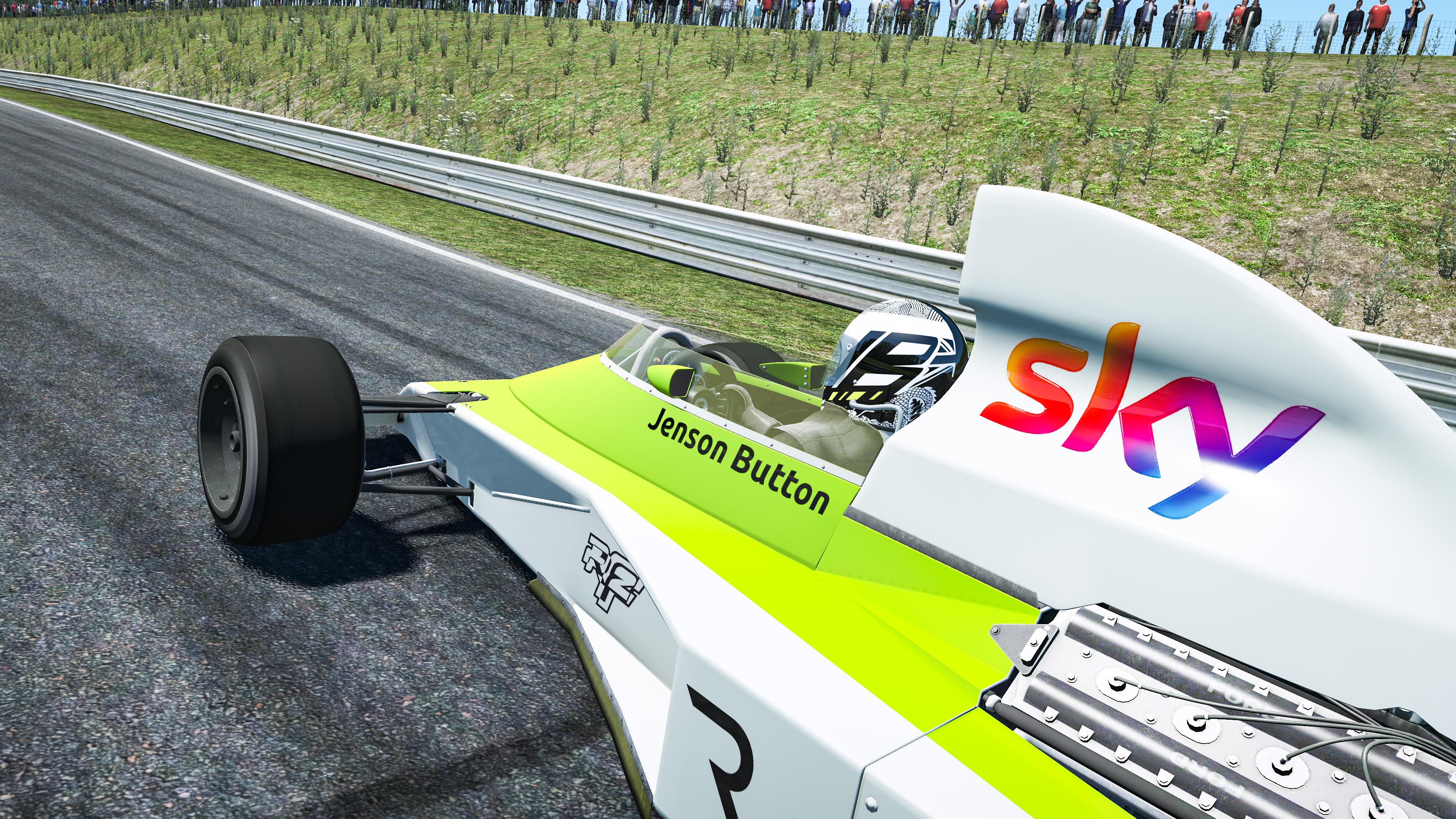 Jenson Button Legends Trophy The Race