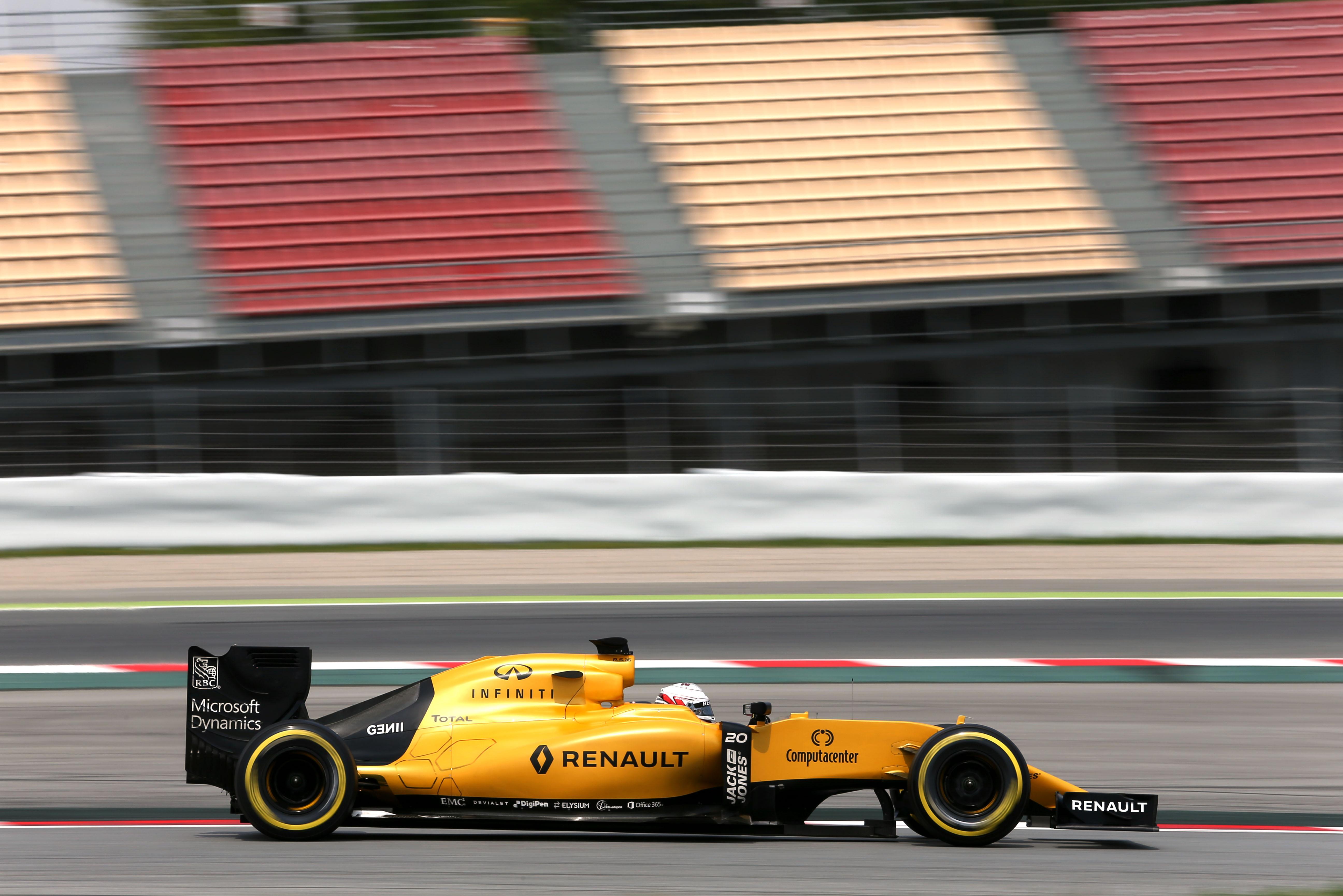 Kevin Magnussen Renault F1 2016