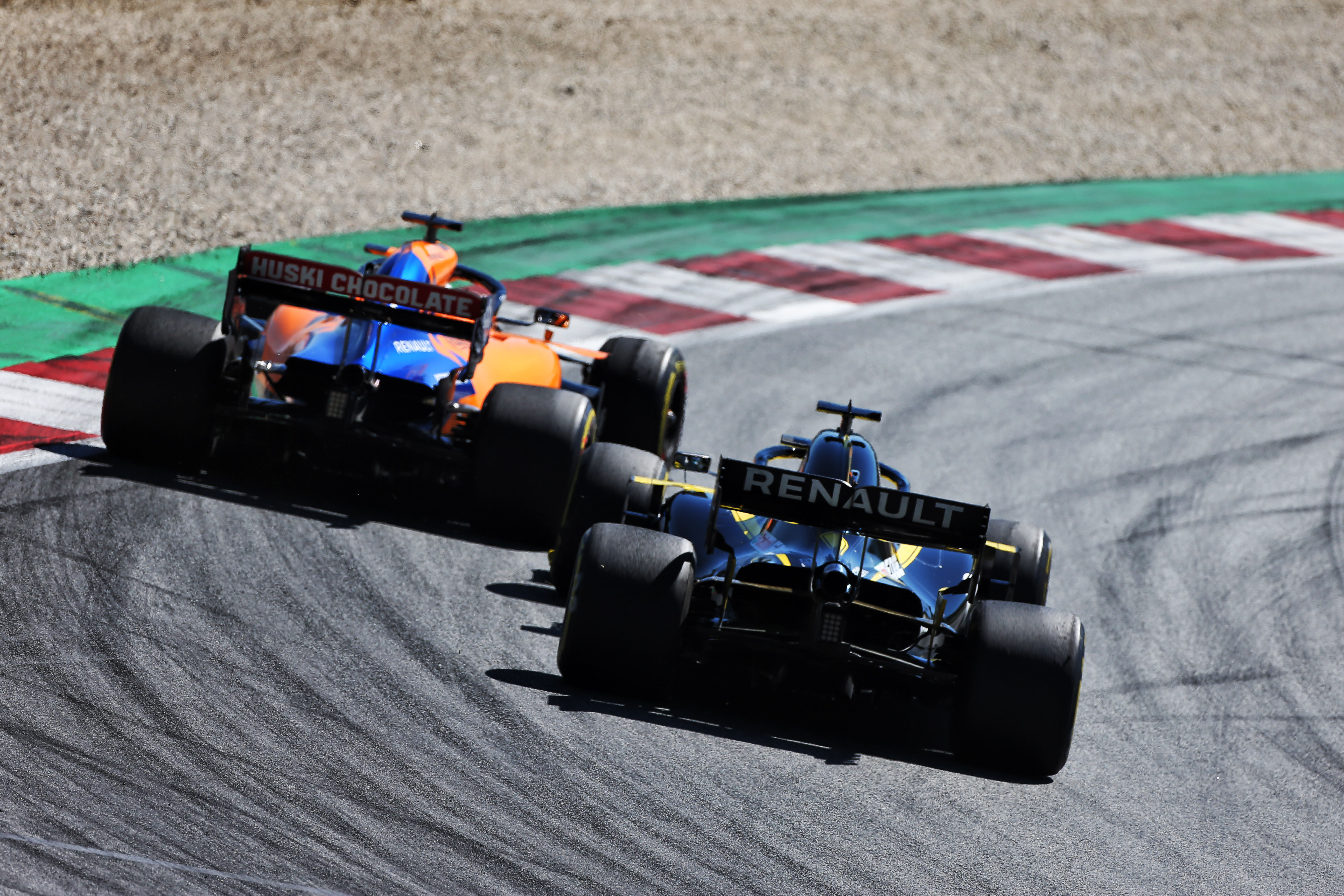 Carlos Sainz Jr McLaren Daniel Ricciardo Renault Austrian Grand Prix 2019