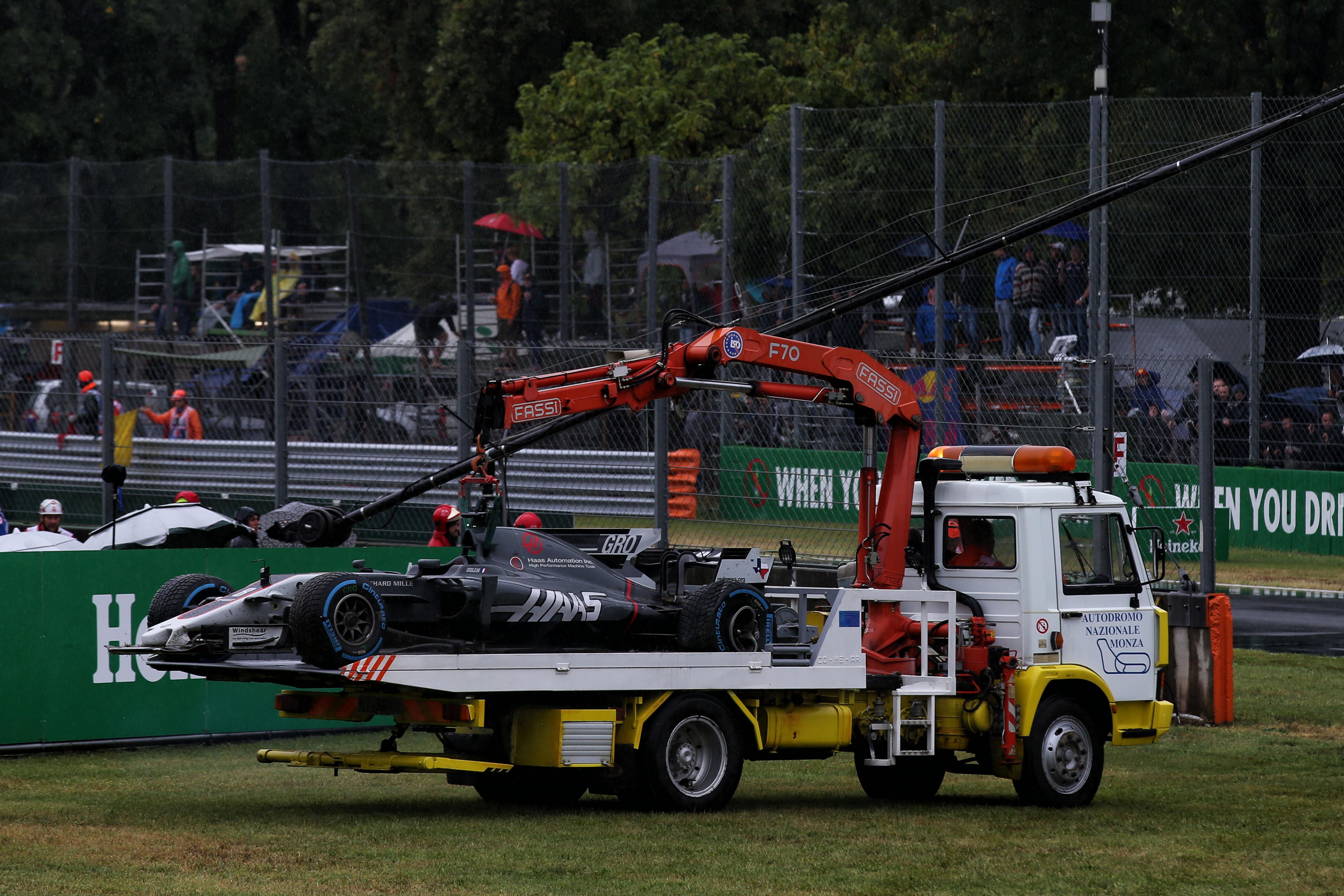 Motor Racing Formula One World Championship Italian Grand Prix Qualifying Day Monza, Italy