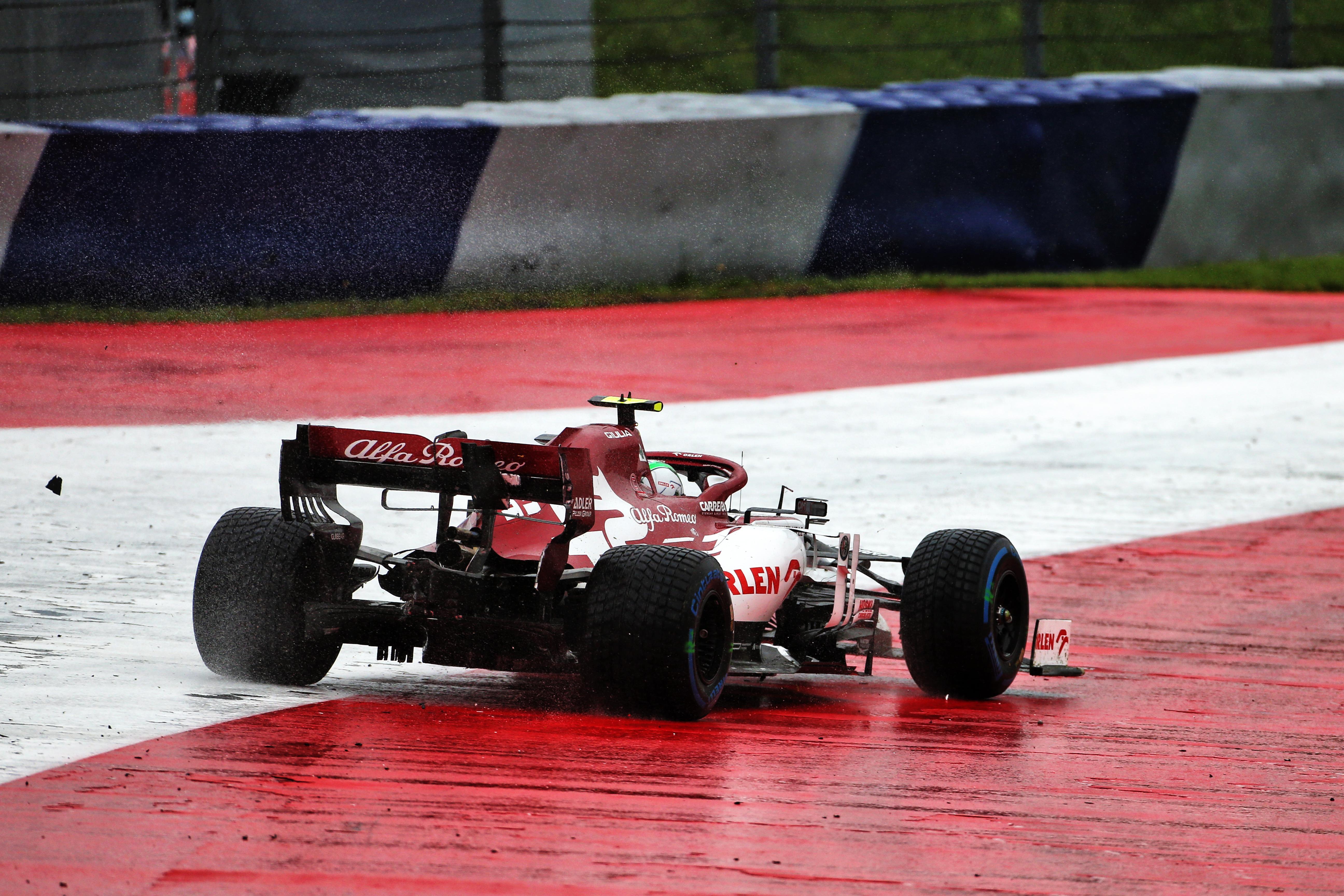 Antonio Giovinazzi Alfa Romeo spin Styrian Grand Prix qualifying 2020