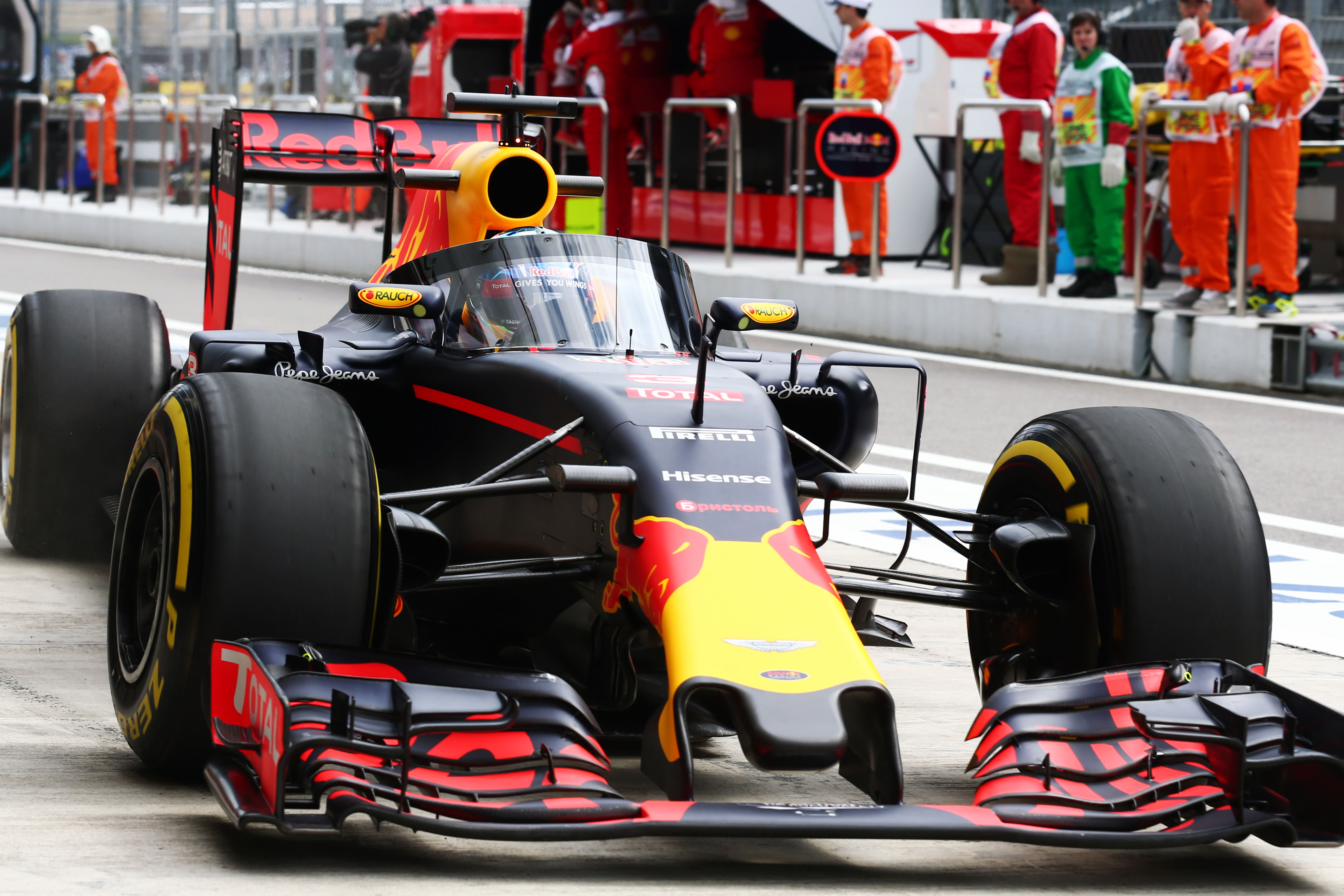 Red Bull F1 aeroscreen test
