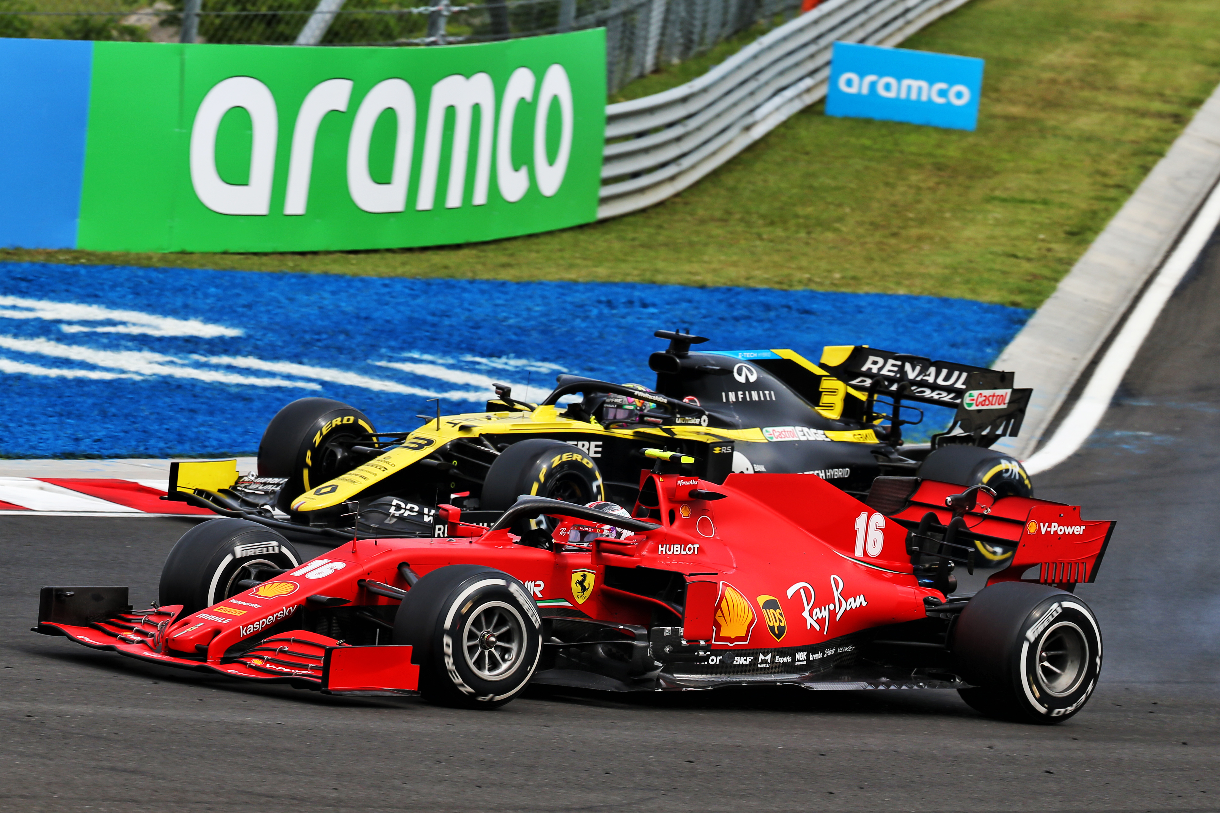 Daniel Ricciardo Renault Sebastian Vettel Ferrari Hungarian Grand Prix 2020