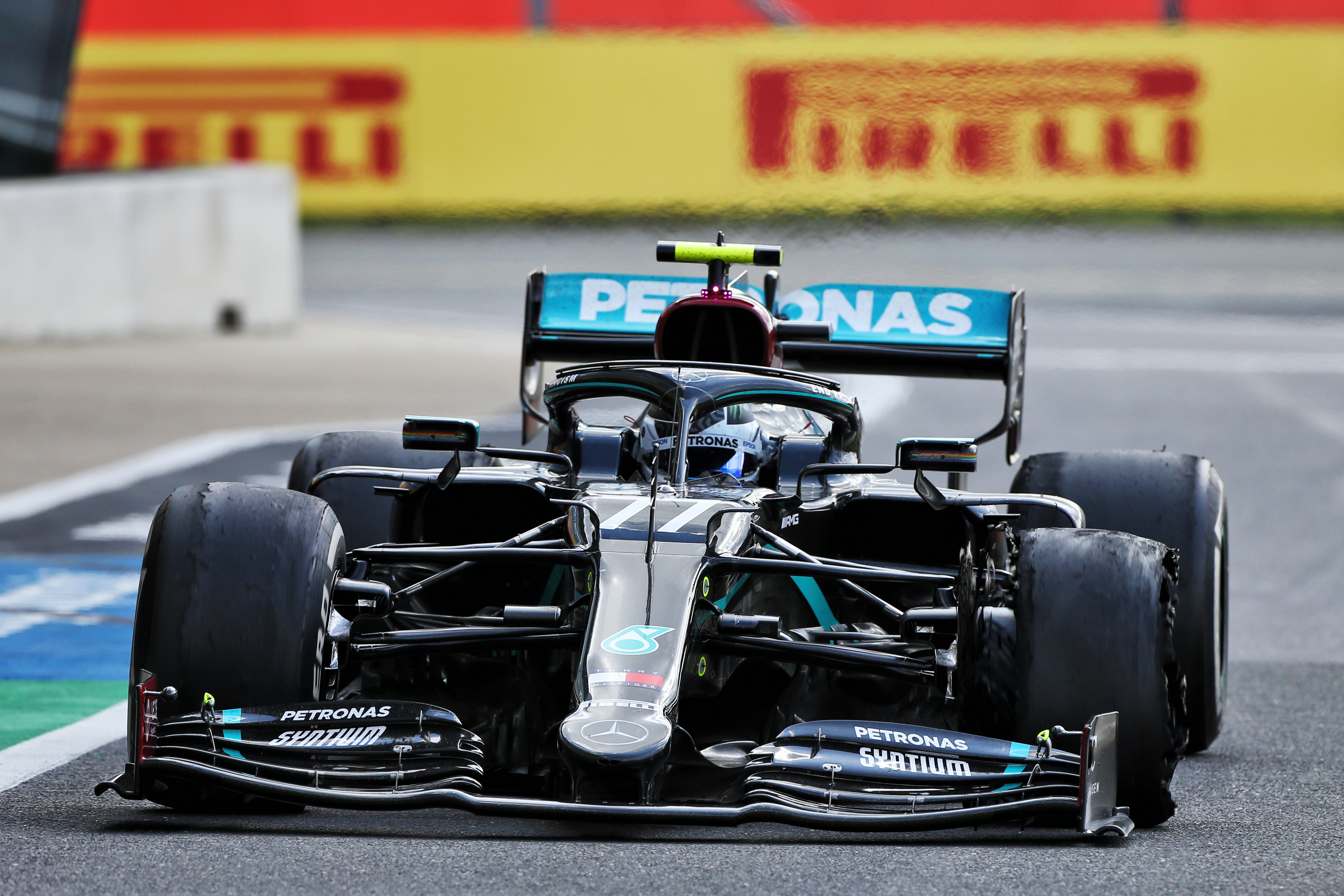 Valtteri Bottas Mercedes puncture British Grand Prix 2020 Silverstone