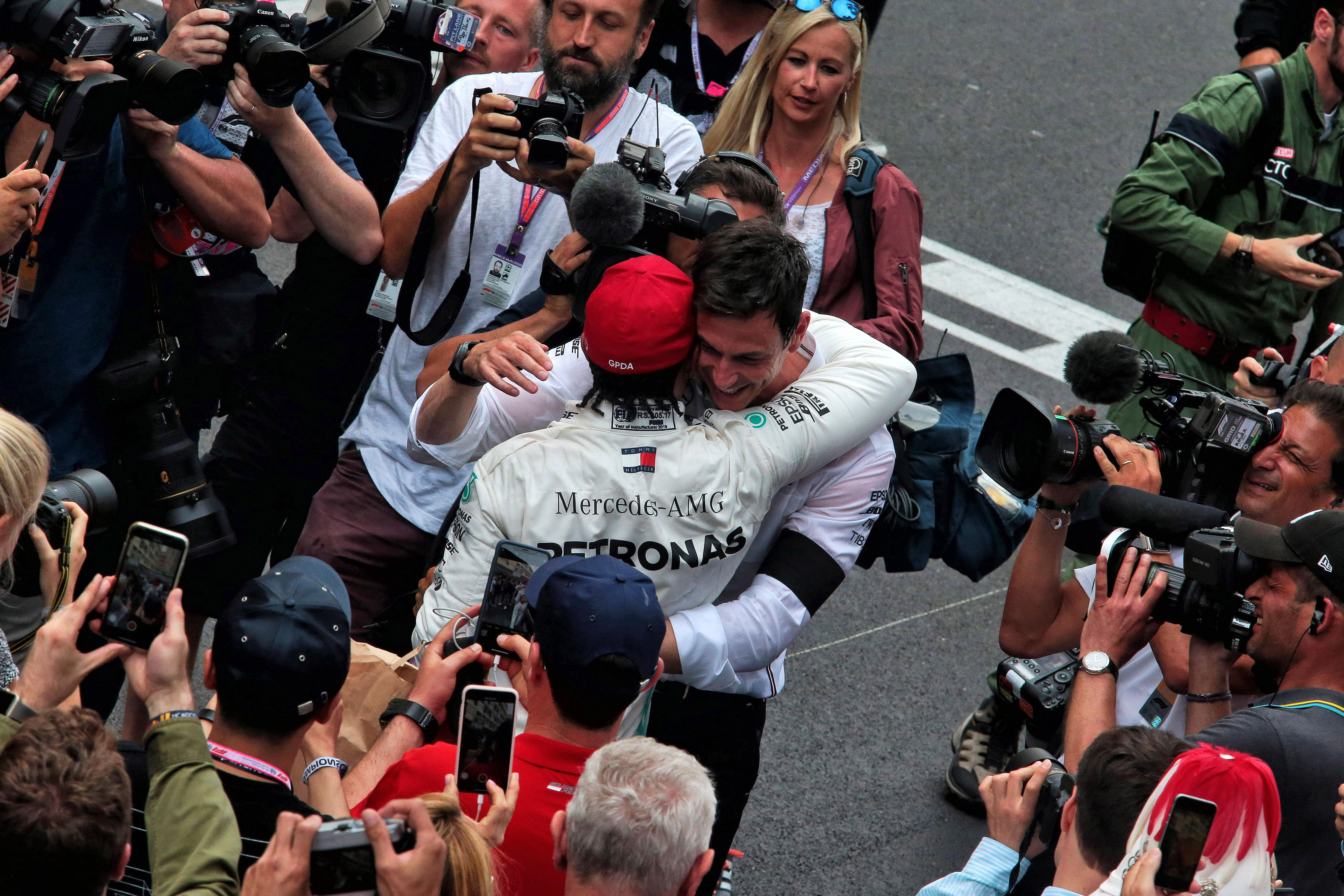 Lewis Hamilton Toto Wolff Mercedes F1 2020