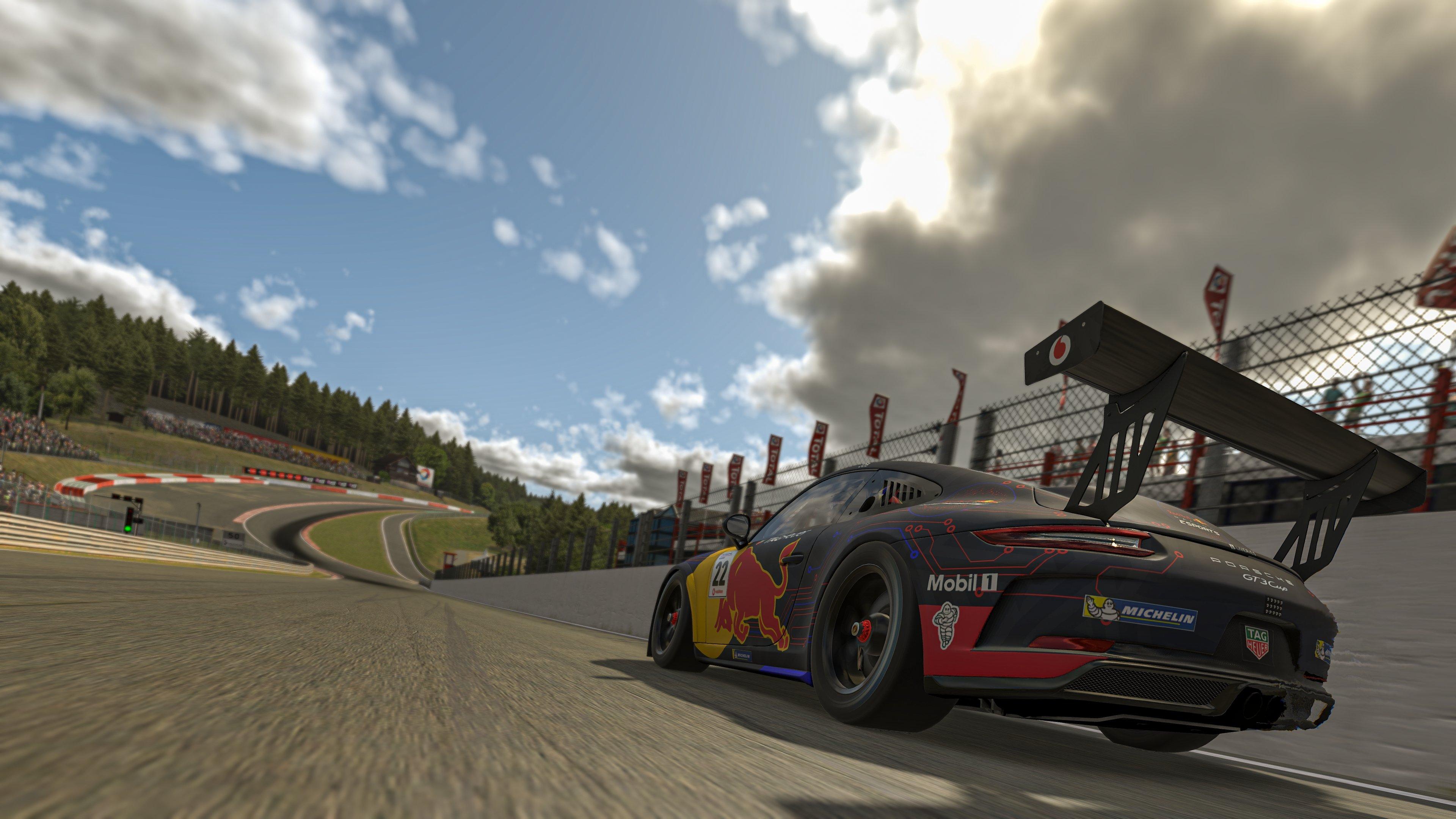 Porsche Esports Supercup R7 Job Pic