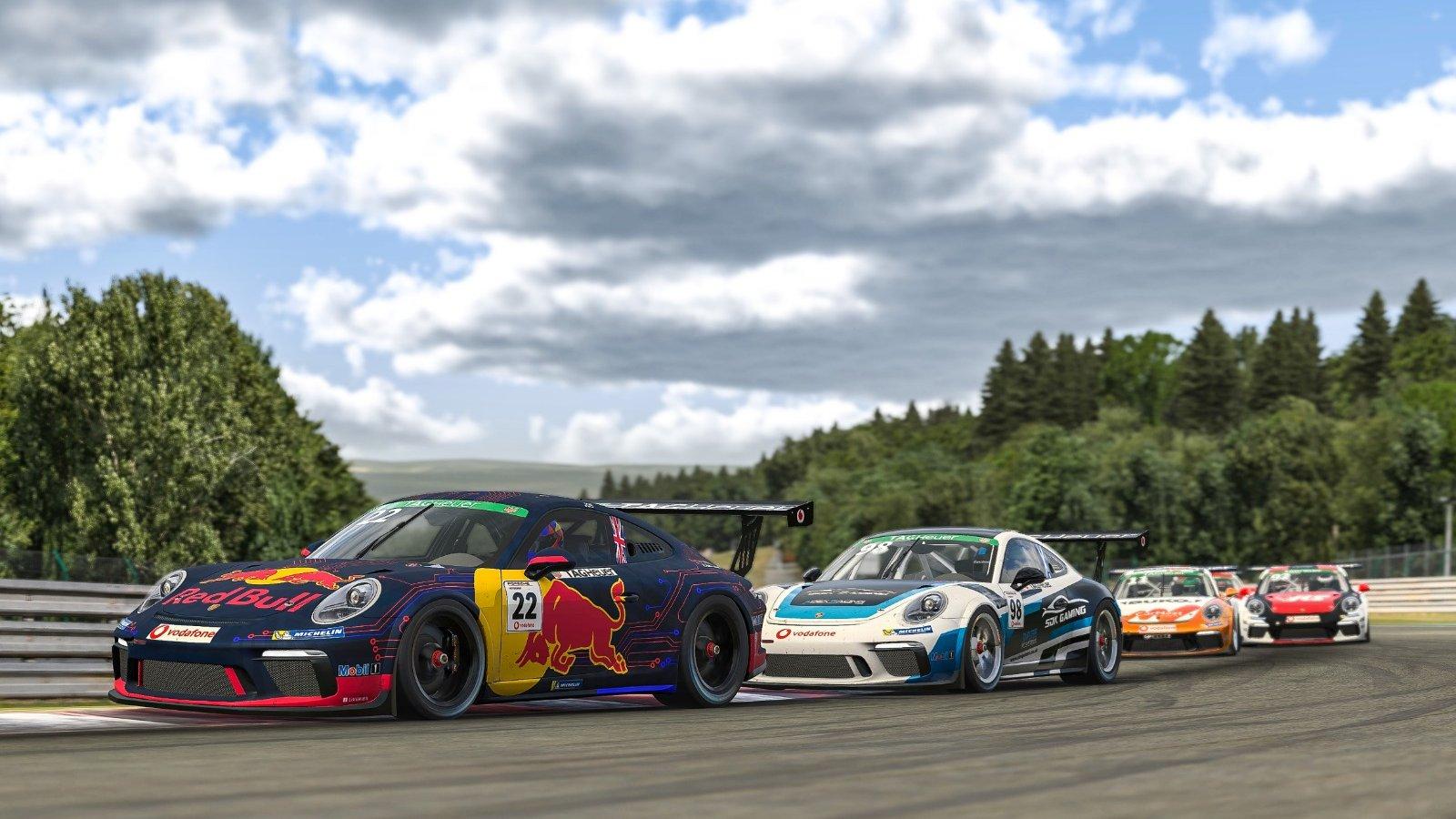 Porsche Esports Supercup R7 Main Race Start Pic 2