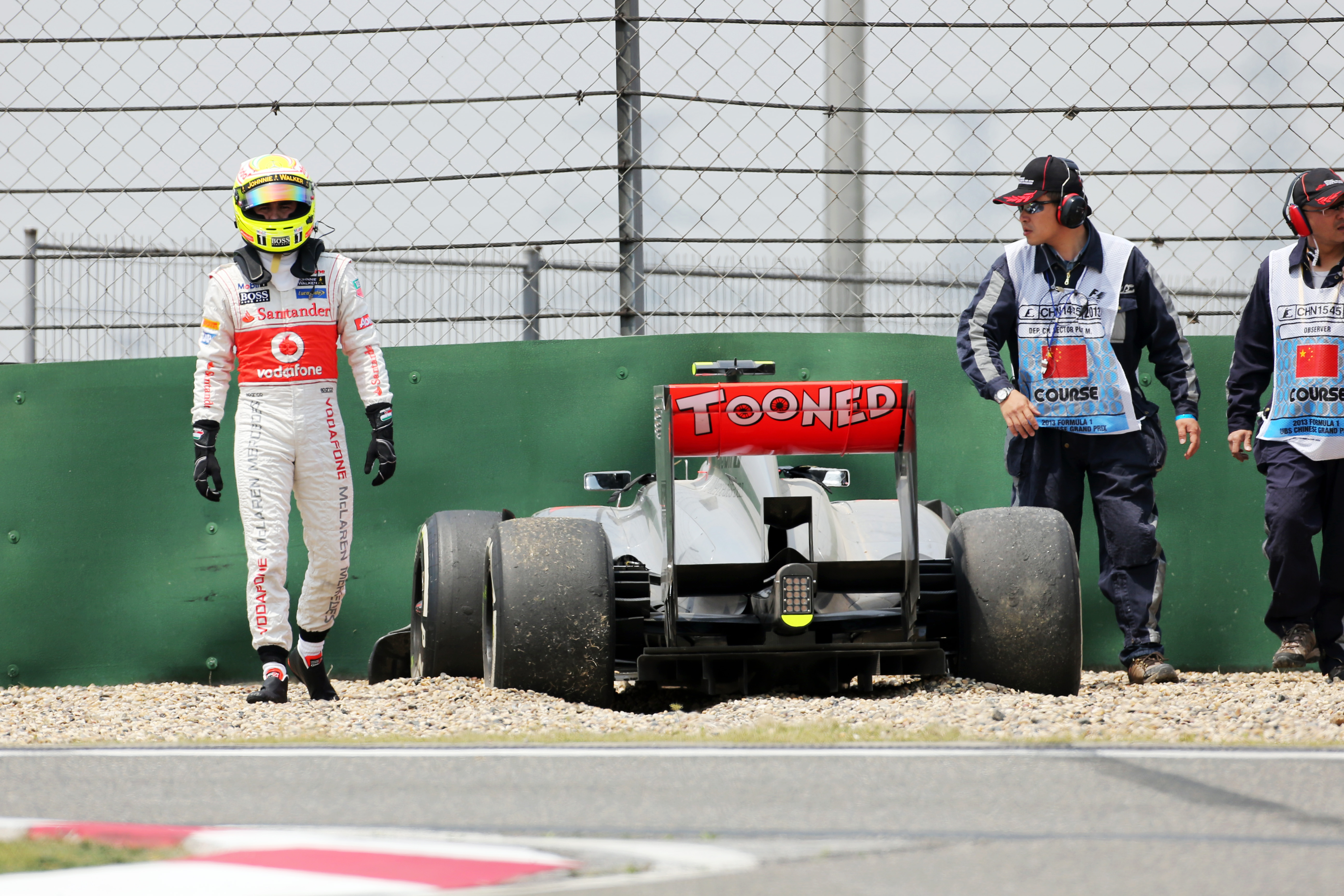 Sergio Perez crash 2013