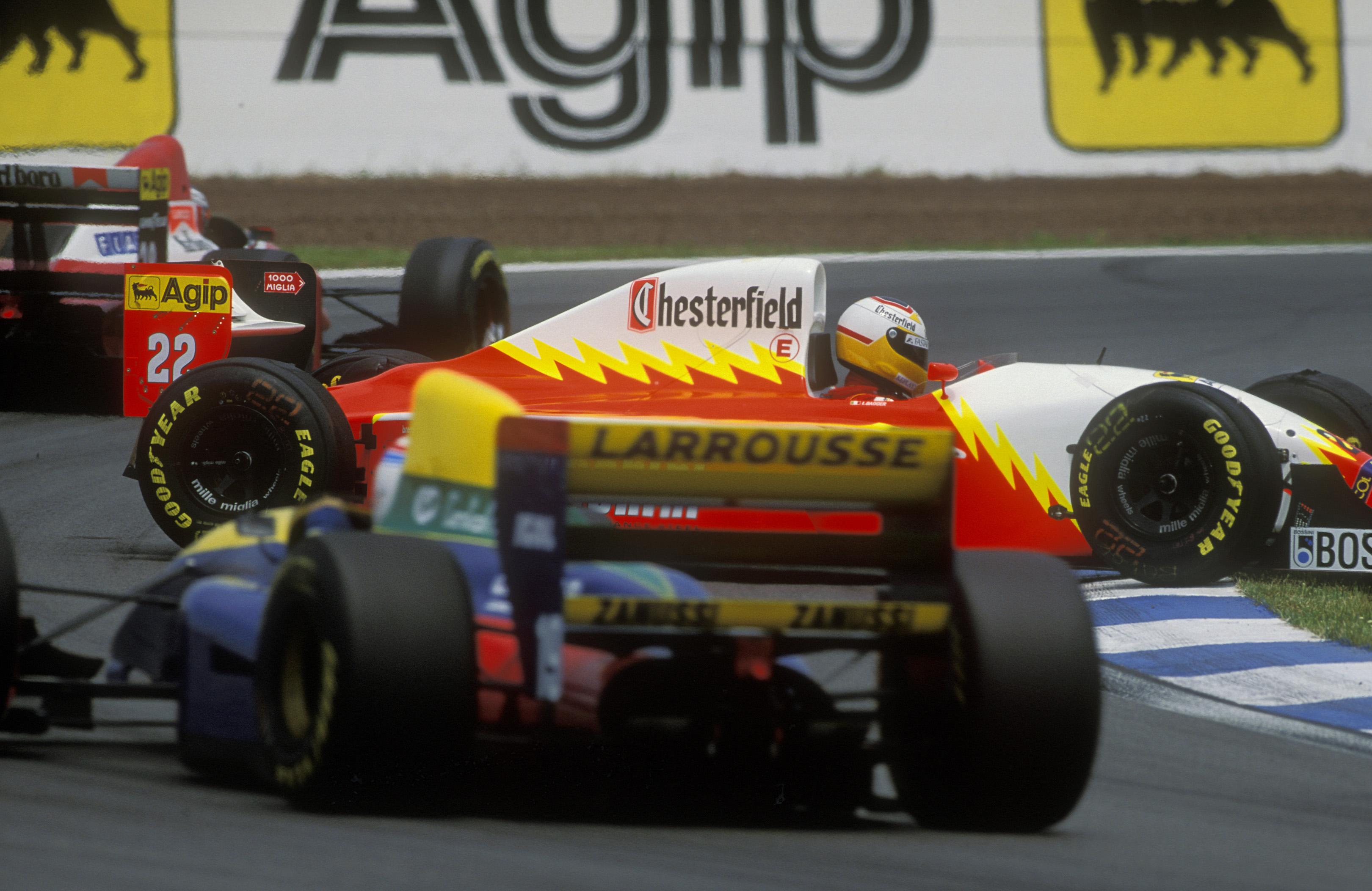 Luca Badoer spin Barcelona 1993