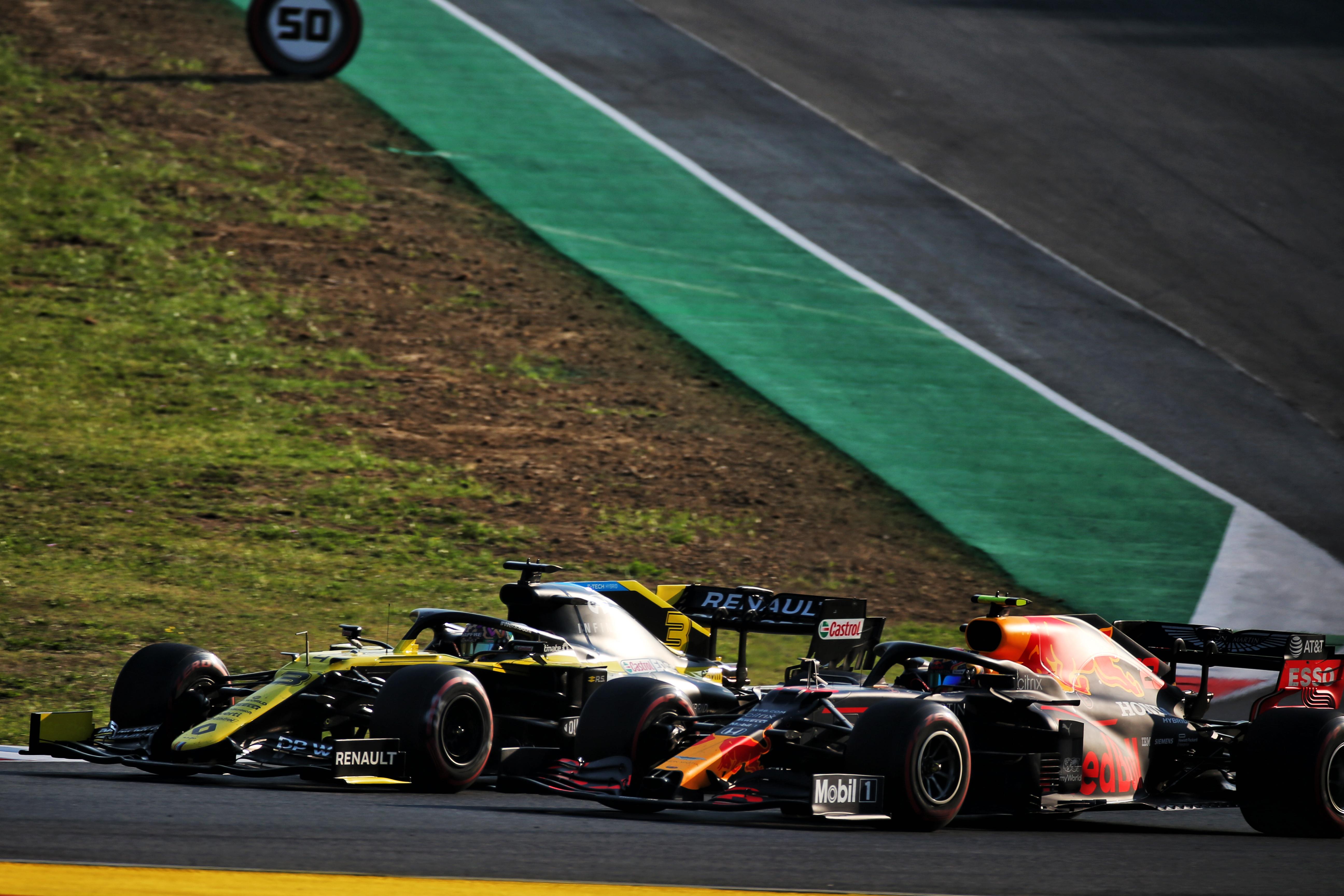 Alex Albon Red Bull Daniel Ricciardo Renault Mugello 2020