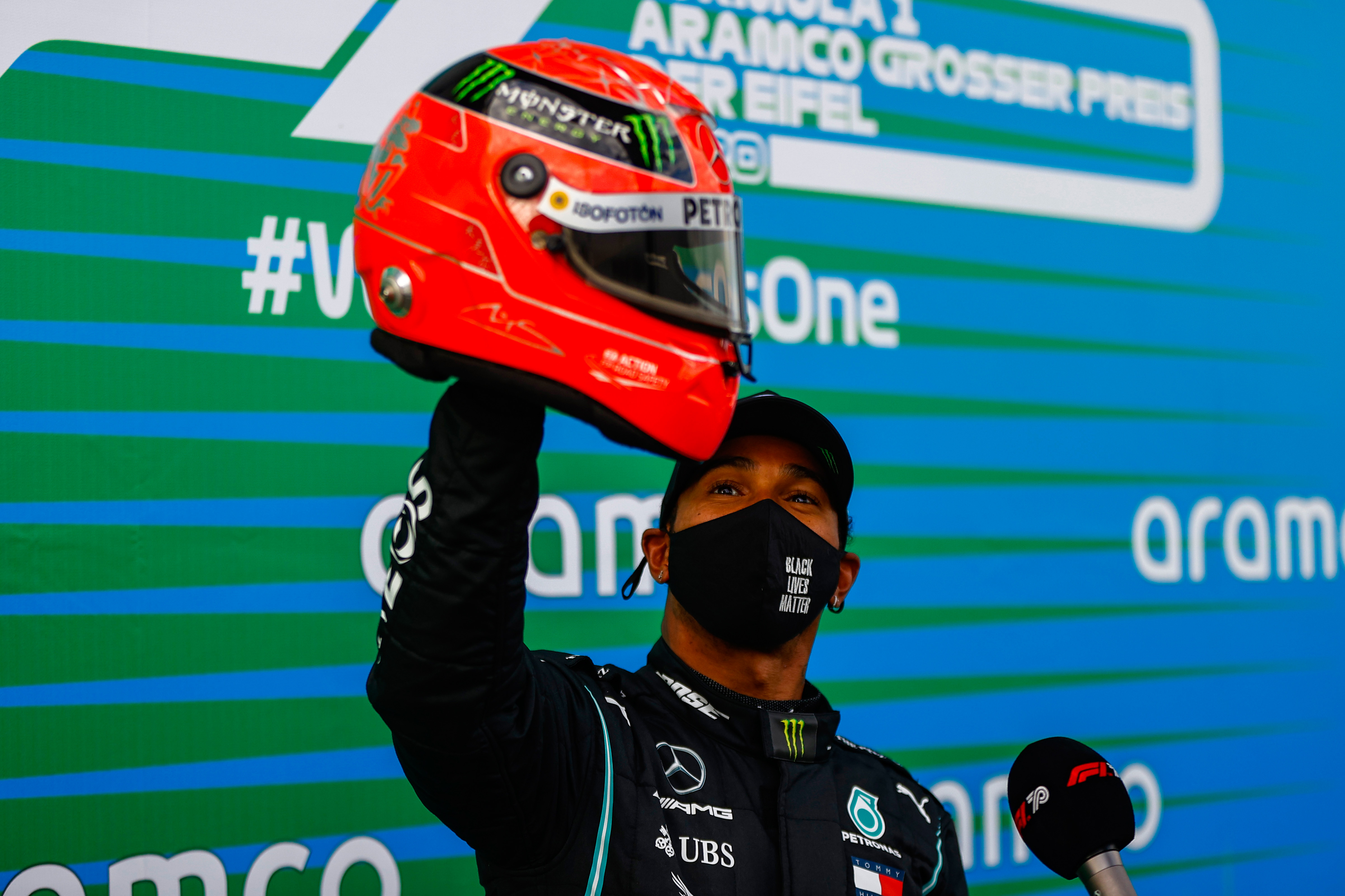 Lewis Hamilton Mick Schumacher helmet
