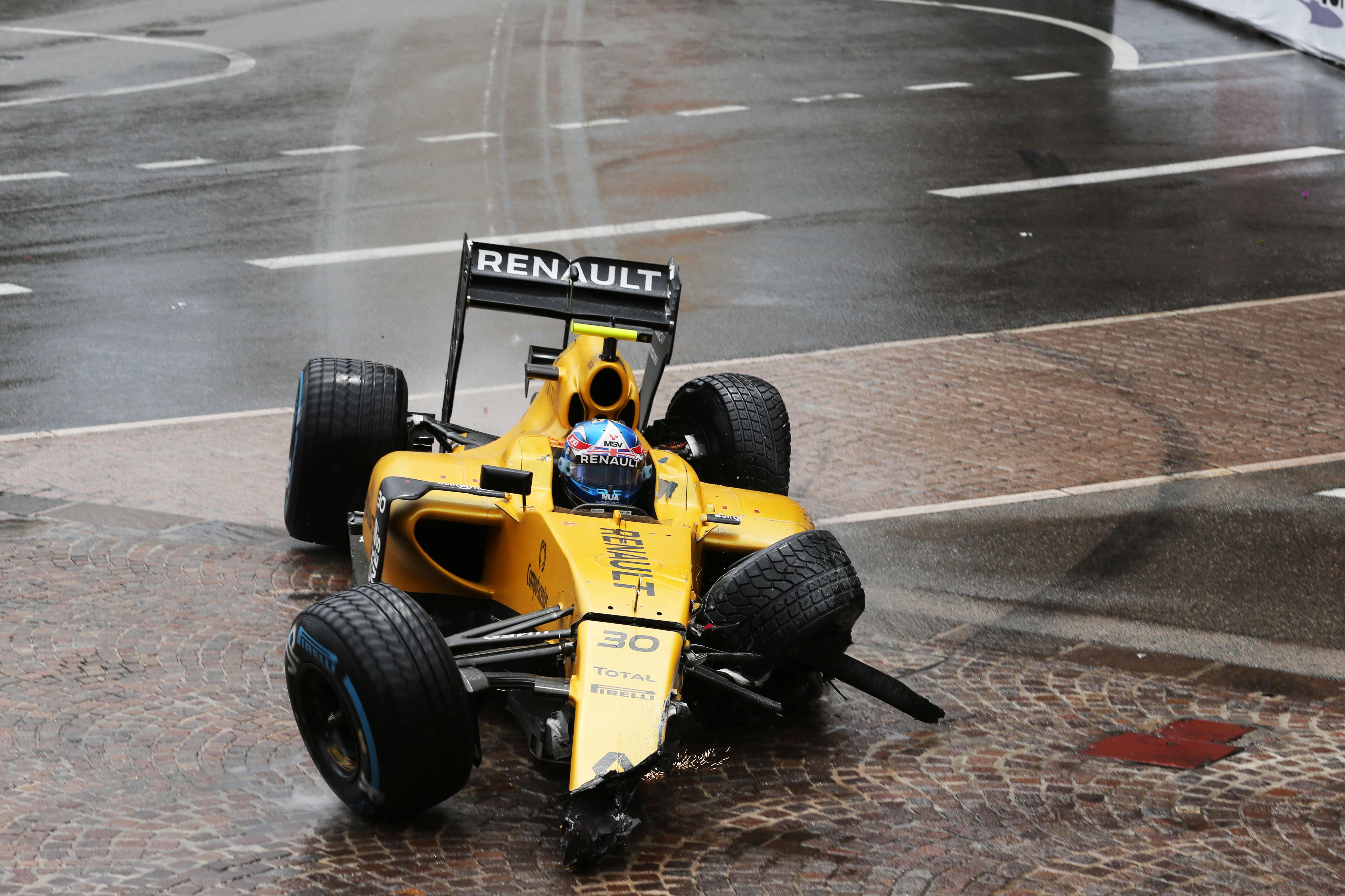 Jolyon Palmer crash Monaco Grand Prix 2016