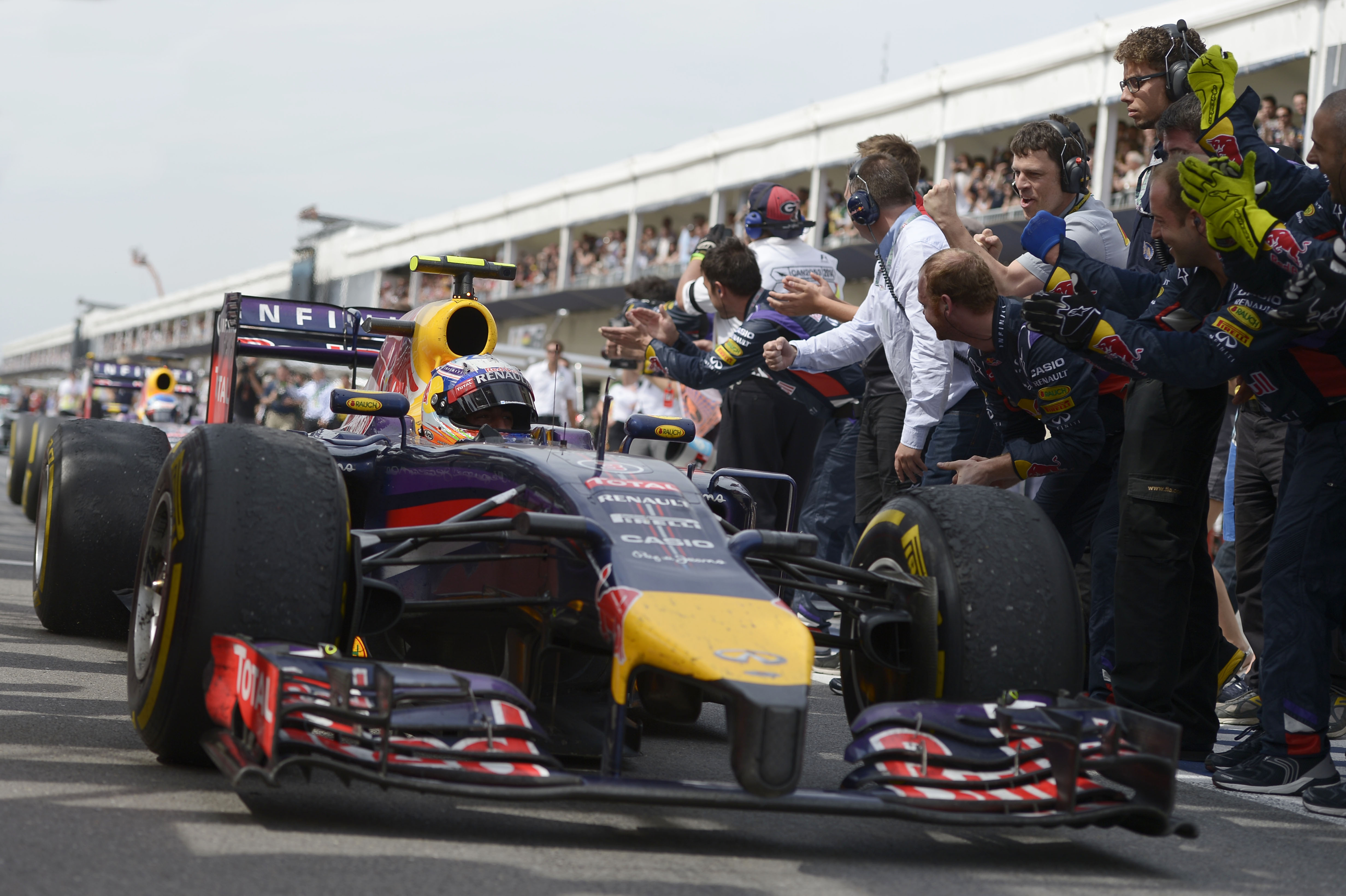 Daniel Ricciardo wins Canadian Grand Prix 2014