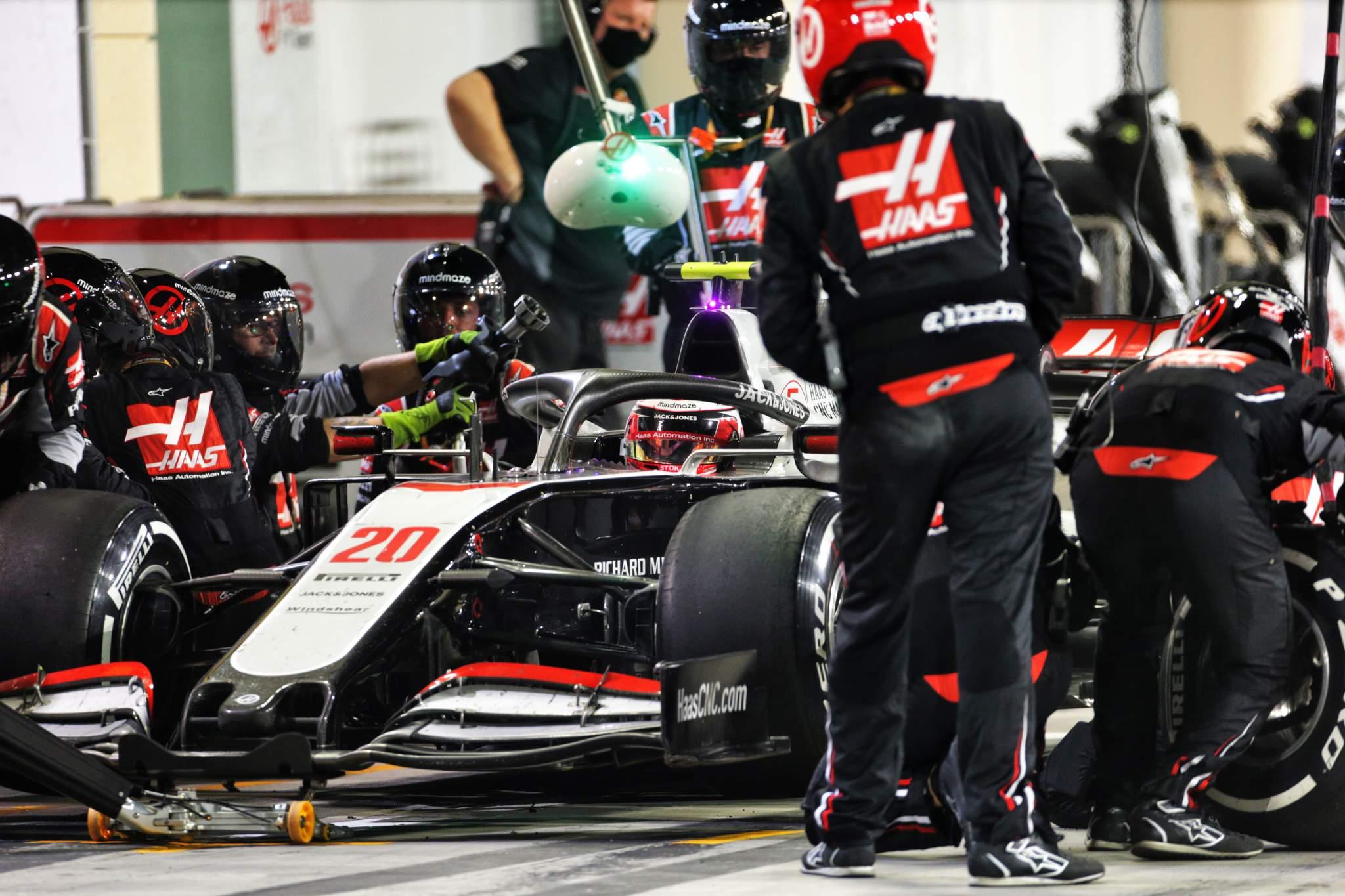 Motor Racing Formula One World Championship Bahrain Grand Prix Race Day Sakhir, Bahrain