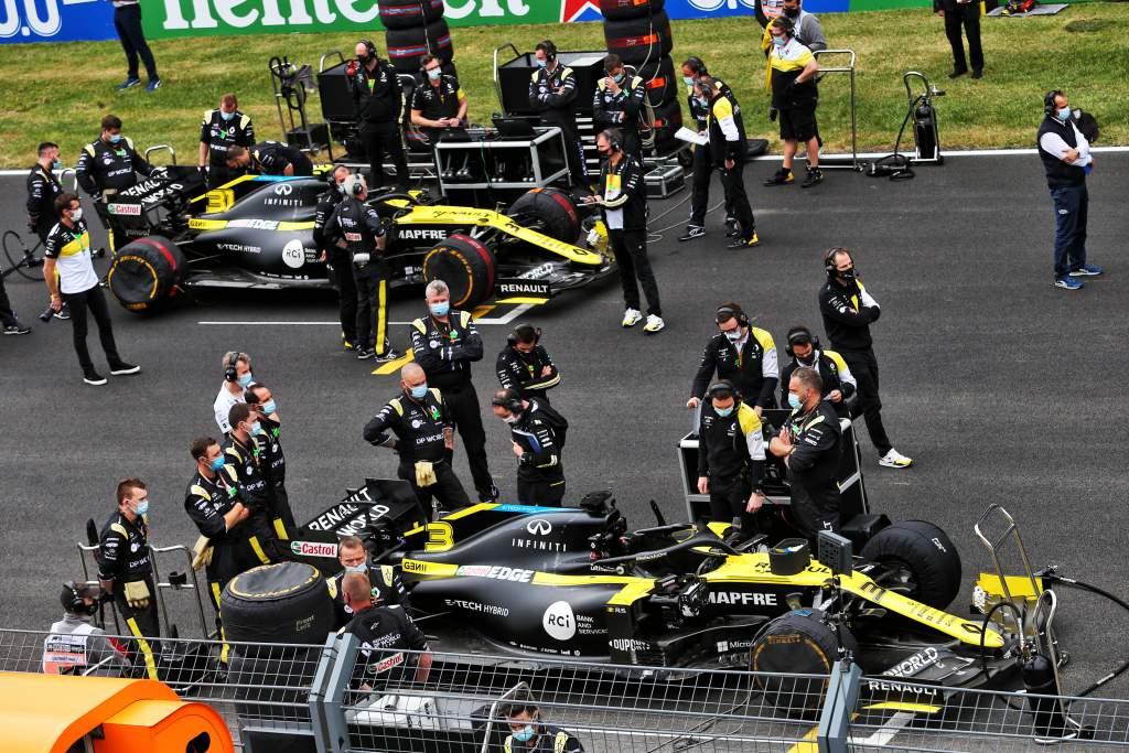Daniel Ricciardo Esteban Ocon F1