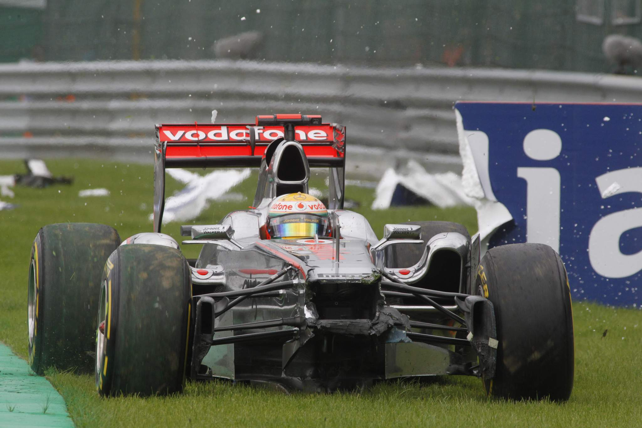 Lewis Hamilton McLaren F1 Spa crash
