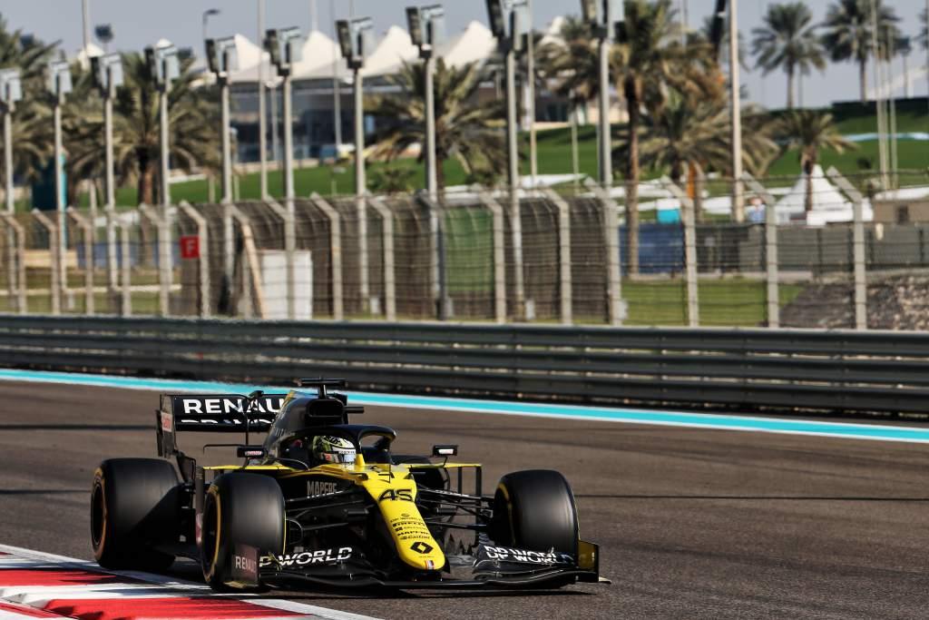 Guanyu Zhou Renault F1