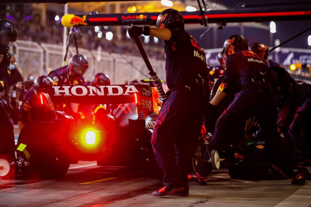 the-race.com